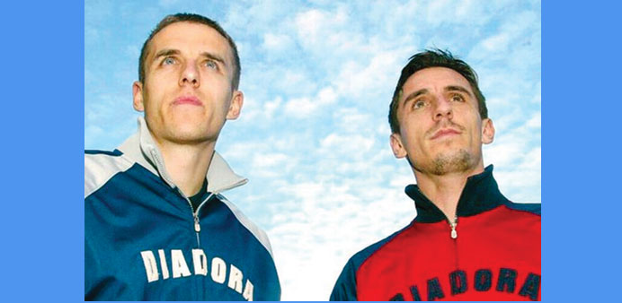 Neville to join brother Phil at troubled Valencia