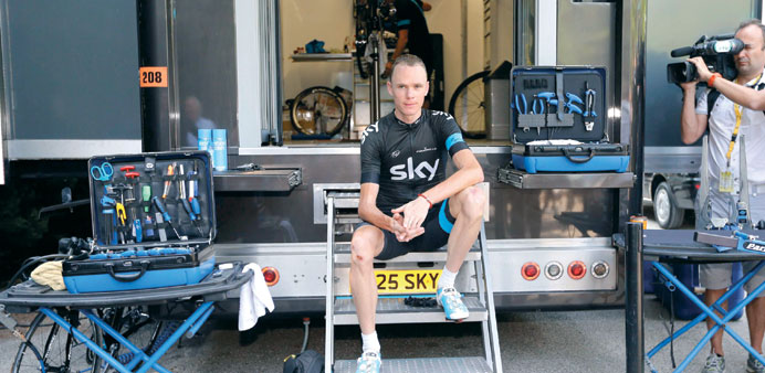 I'm no cheat like Armstrong: Froome