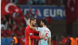 Spain cruise into Euro 2016 second round
