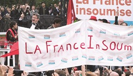 Majority of French oppose prolonged reform protests
