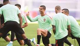 Troubled Ronaldo eyes more silver