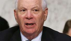 Another US senator endorses arms embargo during crisis