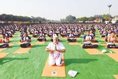 PM using yoga for political advantage: Congress
