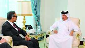 HE the Minister of State for Foreign Affairs Sultan bin Saad al-Muraikhi met UK's ambassador to Qata