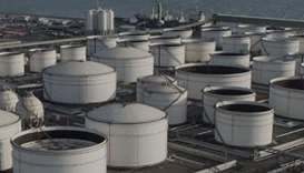 Oman steps up plan for Middle East's biggest oil-tank farm
