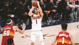 Suns close out Nuggets with sweep, Bucks roll over Nets