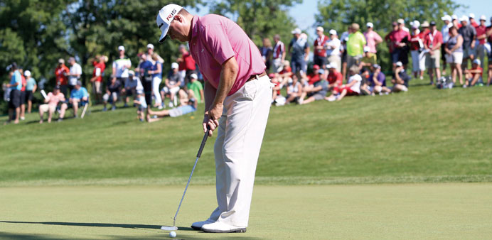 Campbell powers to Canadian Open lead