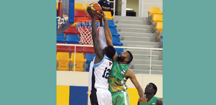 Action from yesterday's match between Al Ahli and Al Wakrah.