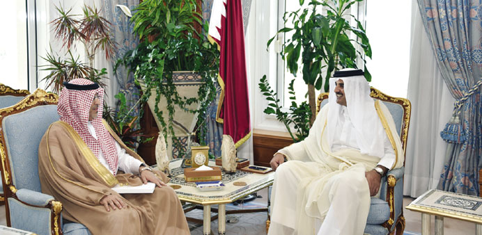 Emir receives message from Saudi king