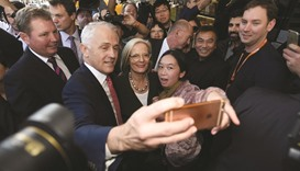 Australian polls point to election cliffhanger