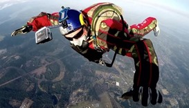 Skydiver to leap from 25,000 feet without a parachute