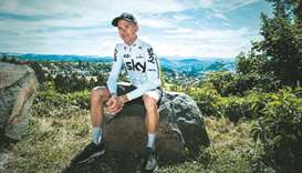 After avoiding disaster, Froome ready to tackle Alps