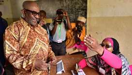 Comoros president leads in referendum on extending his powers