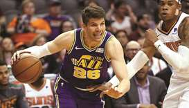 Korver agrees to one-year deal with Bucks