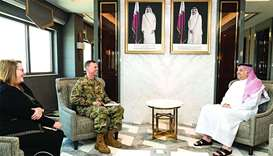 Defence minister meets US Air Forces commander