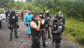 Members of the National Police who participated in the rescue of six people who were being held by t