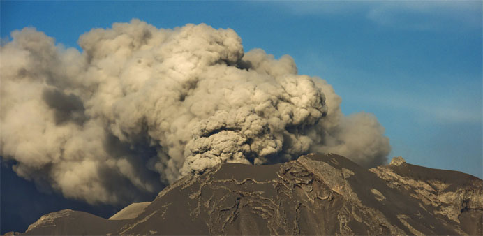 Chile volcano ash cloud reaches Brazil, flights cancelled