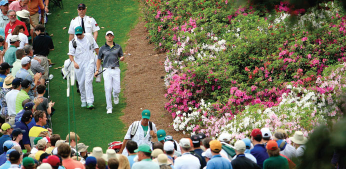 McIlroy struggling to see road to green jacket