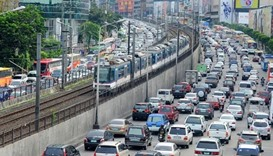 Philippines says no quick fixes to costly traffic woes in capital