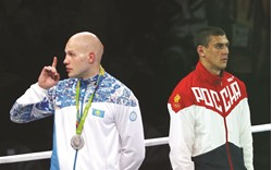Russian boxing star Tishchenko booed after controversial gold