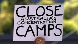 Australia agrees to close controversial refugee detention centre