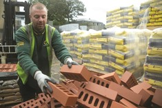 UK construction shrinks at fastest pace in 7 years