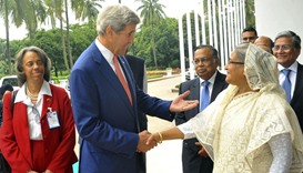US Secretary of State John Kerry (L) and Bangladesh Prime Minister Sheikh Hasina