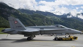 Swiss find dead pilot from crashed air force jet