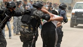 Protesters clash with Iraq police