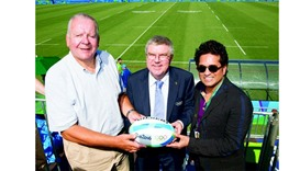 Tendulkar enjoys rugby as cricket stays outside the pale
