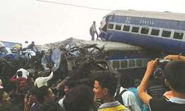 23 killed, 400 injured in UP train accident