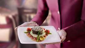 First and Business Class passengers can pre-select one main course from the à la carte on-board menu