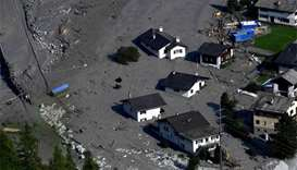 New mudslide hits barely recovering Swiss town