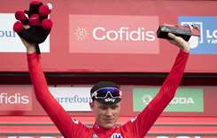 Dominant Froome extends Vuelta lead