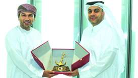 High-ranking Omani delegation visits Hamad Port