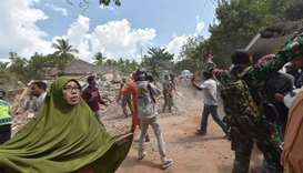 Strong aftershock rattles survivors of deadly Indonesian quake