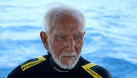 World War Two veteran breaks own scuba diving record at 96