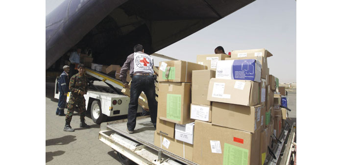 UN, Red Cross fly aid to Yemen as Aden pounded