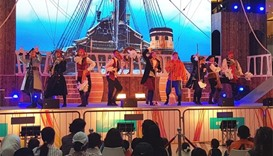 'Pirates of the Caribbean' show wows mall visitors
