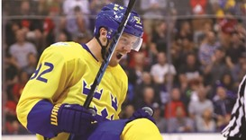 Sweden holds off Russia in World Cup of Hockey