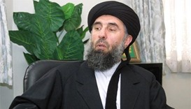 Afghanistan signs accord with notorious warlord Hekmatyar