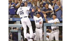 Dodgers rout Giants to lead NL West by 6 games