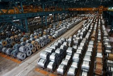 China bid to end steel glut failing as rally revives idled mills