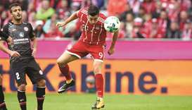 Lewandowski scores twice in Bayern romp