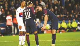 PSG win but tensions simmer between Neymar and Cavani