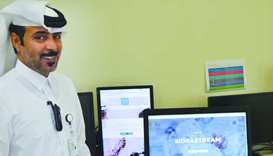 Saleh al-Marri displays Sidra Stream application and explains its features.
