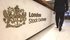 Global stock markets breeze higher on growth outlook