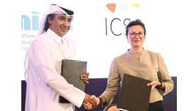 Mohamed Hanzab and Bettina Tucci Bartsiotas during the agreement signing at SIGA Inter-Regional Summ