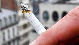 Russia smokers fuming after balcony smoking ban