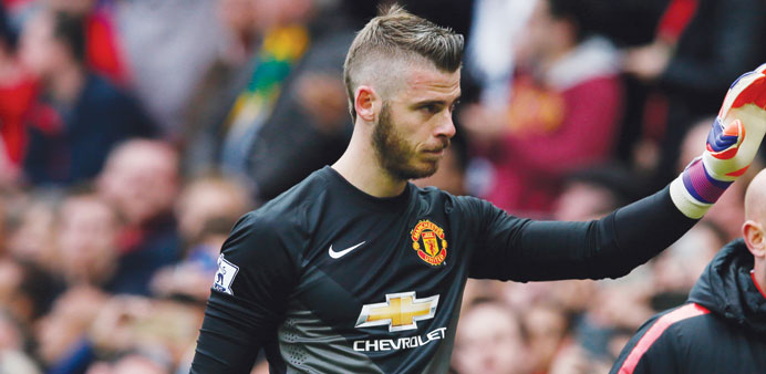 Van Gaal drops 'problem' De Gea for opener against Spurs